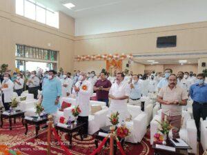 देवघर एम्स में कार्यक्रम में शामिल हुए सांसद निशिकांत दूबे और हफिज-उल-हसन