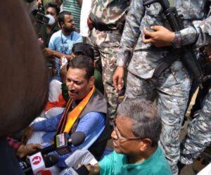 दीपक प्रकाश के अलावा भाजपा नेता अमरदीप यादव को भी आईं गंभीर चोटें