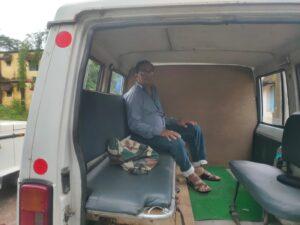 पीएम आवास योजना के लिए ले रहे थे पांच हजार रुपये रिश्वत