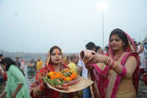 दिल्ली में सार्वजनिक स्थानों पर छठ पूजा पर पाबंदी